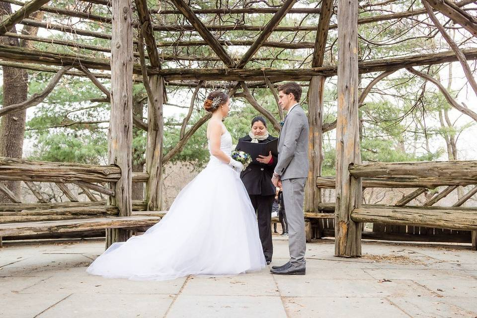 Knot by the Sea Weddings - Officiant Alexandra Paez - New York & New Jersey