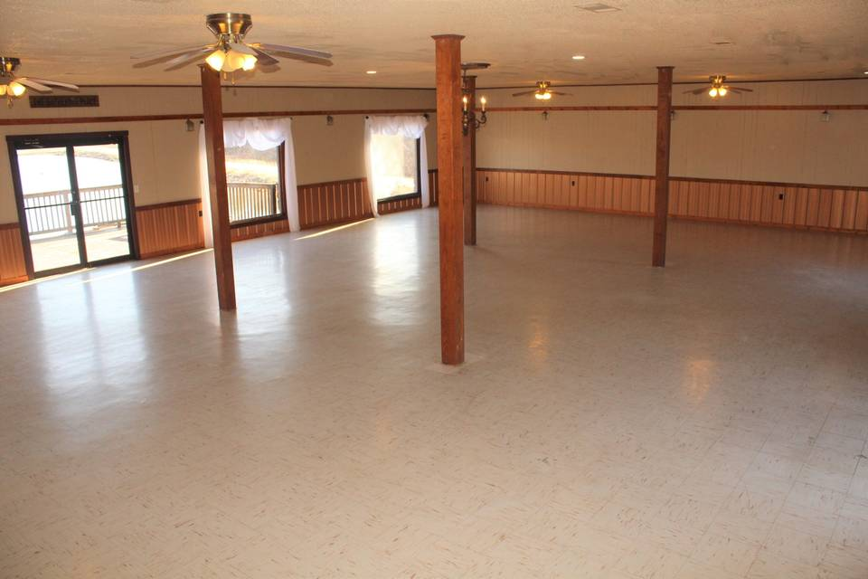 Lakeview Main Room