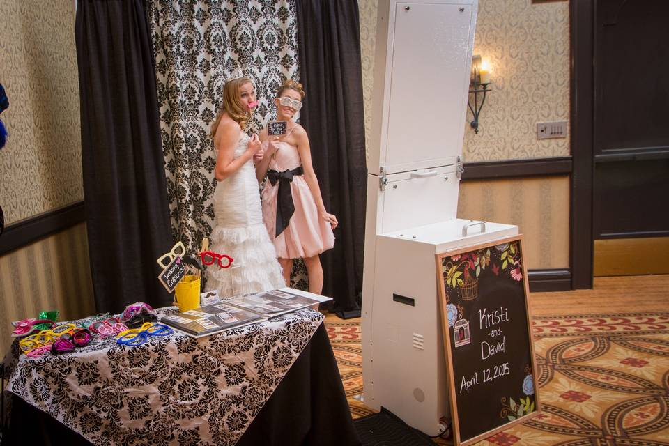 PicBox Photo Booth Company
