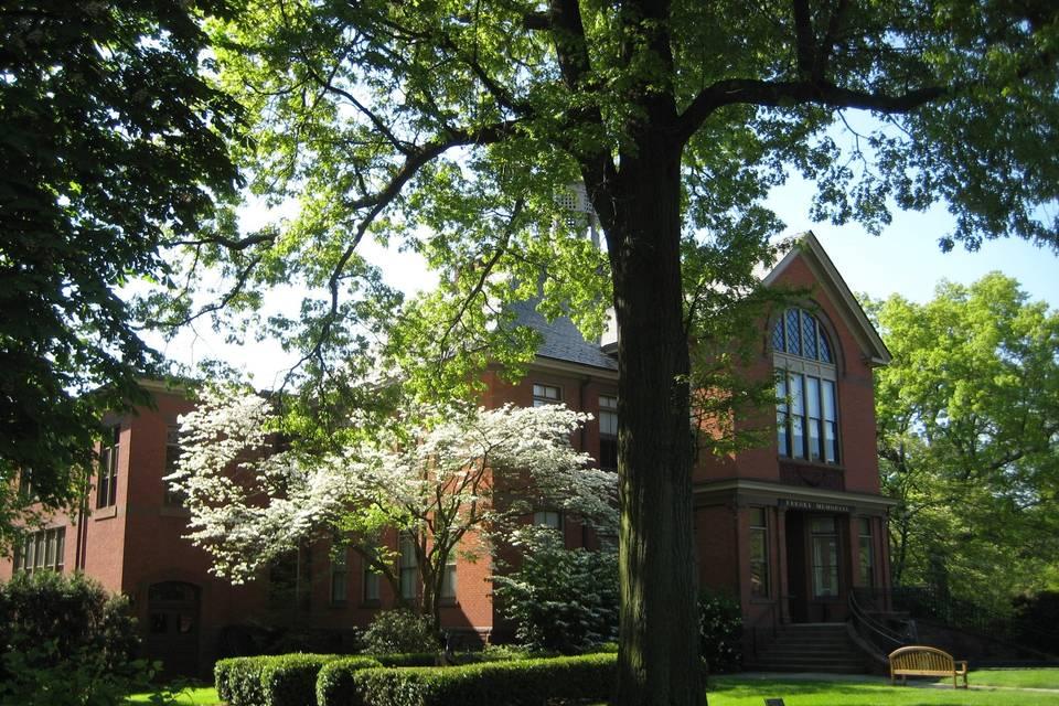 Keeney Memorial Cultural Center