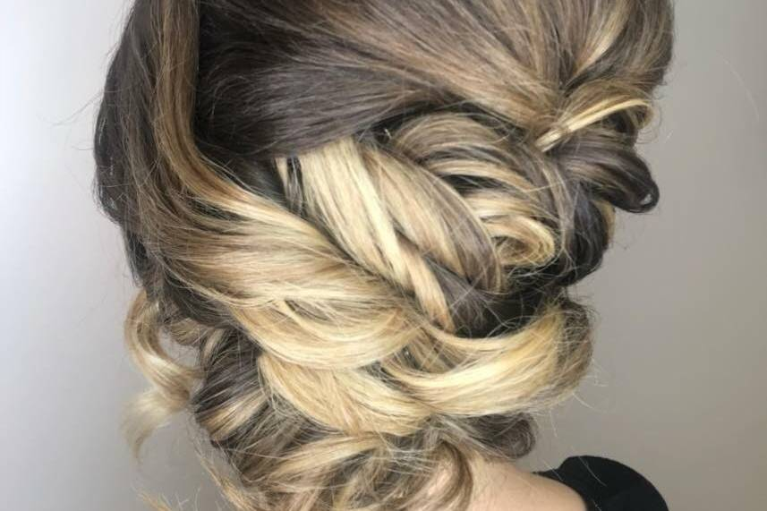 A little twist for this bride