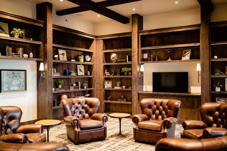 Get-ready lounge