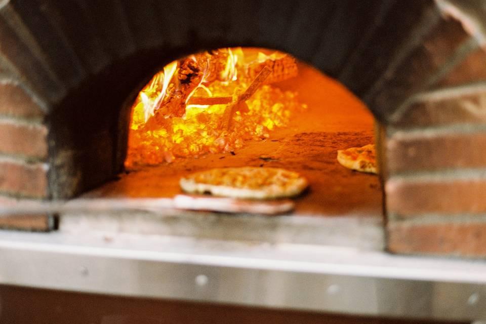 Olive Wood Pizza