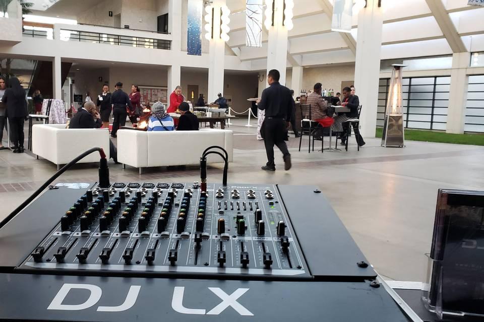LX - Cocktail Hour Audio