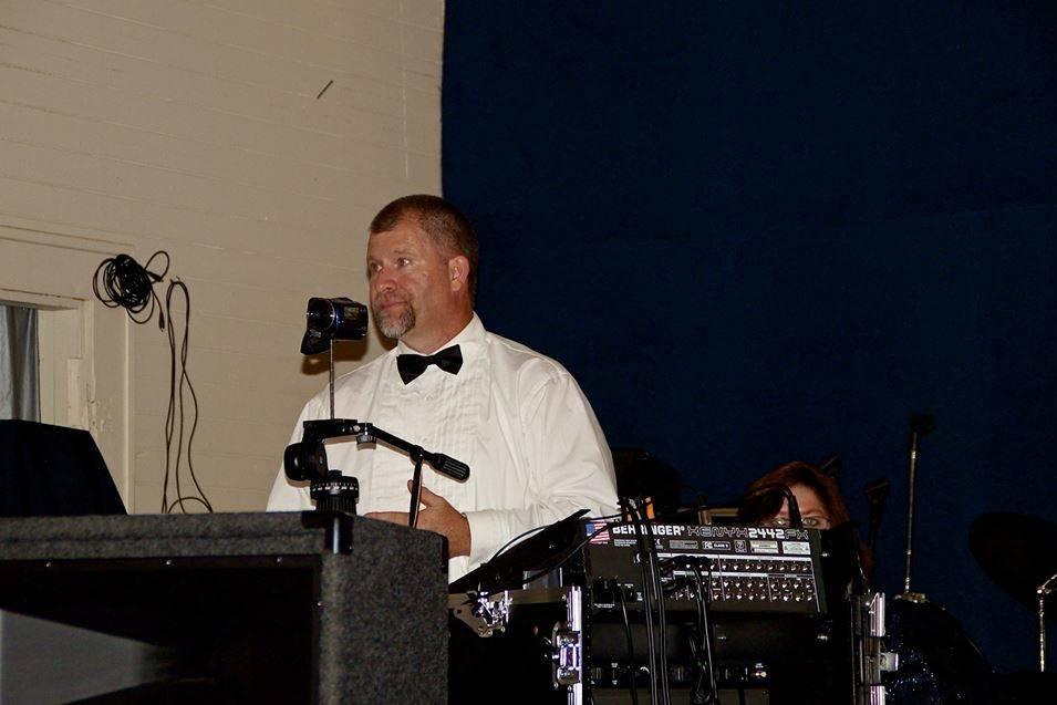 Dave Strickland DJ and Photobooth Service