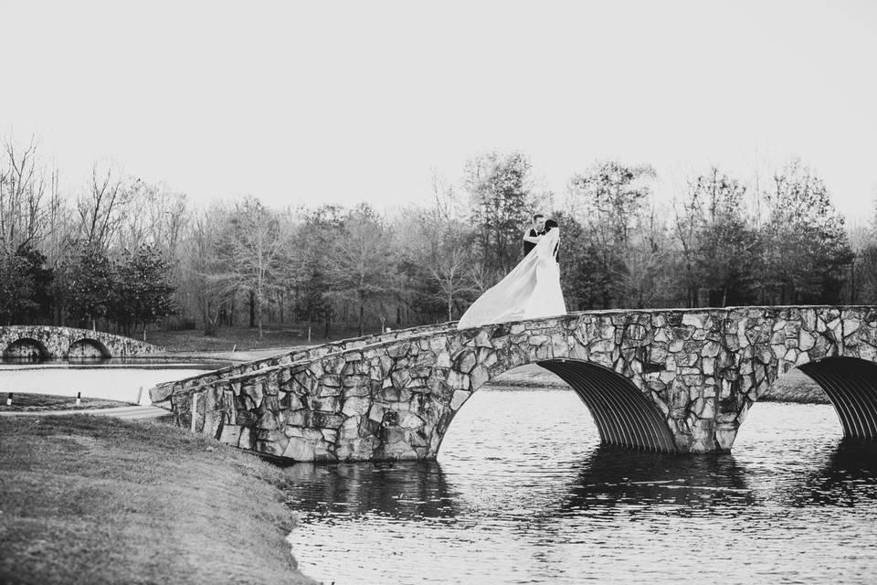 Black & White at the Bridge