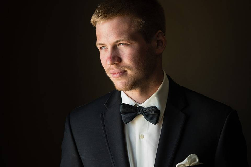 Dapper groom - Jane Wiggins Photography