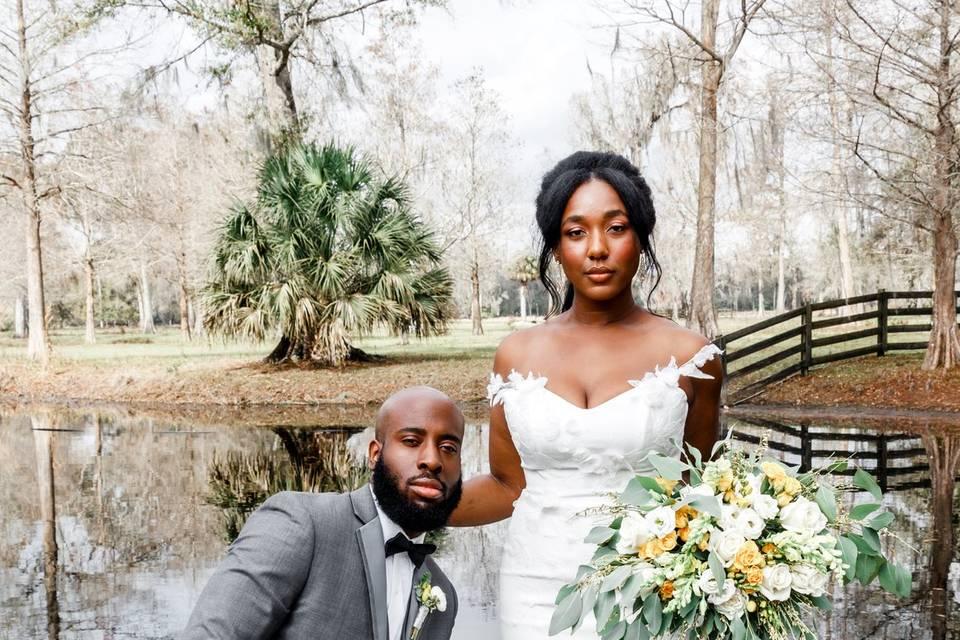 Newlyweds - Honeywood Photo