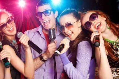 Singing guests