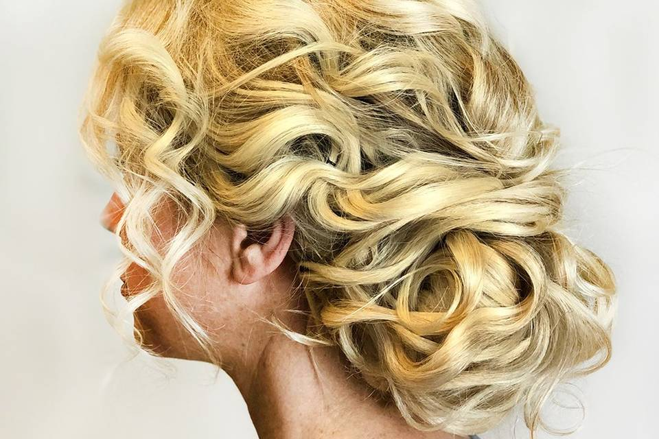 Detailed updo