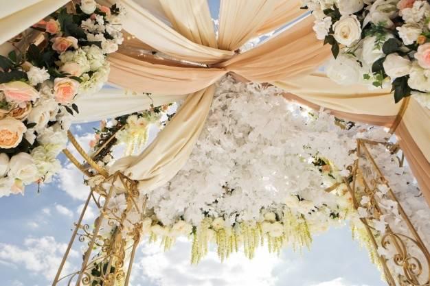 Ceremony flowers decorations