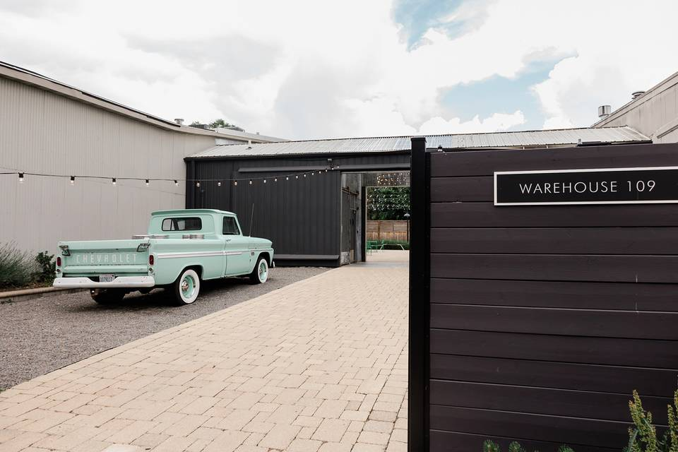Entrances and classic cars