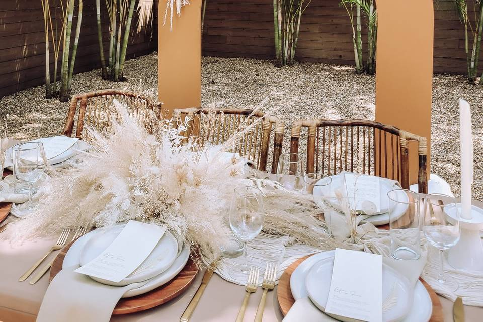 Mojave Arch + Dried Florals