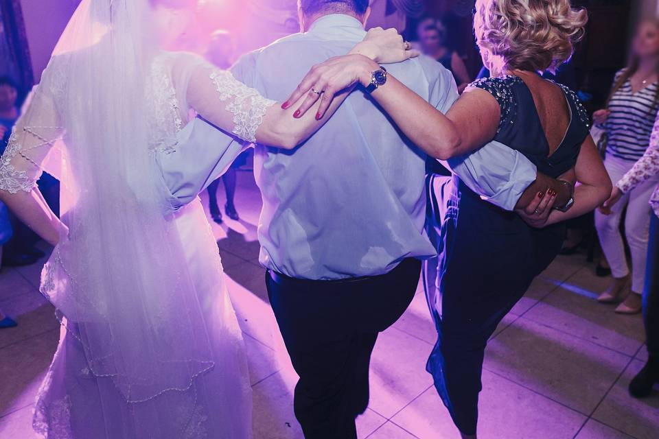 Line Dance, Anyone? :)