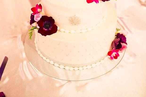 Lesley's Creative Cakes, Flowers & Catering