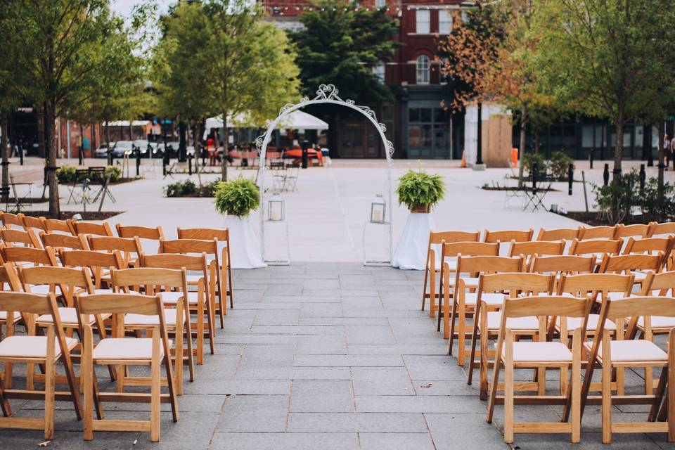 Outdoor Ceremony in the Plaza