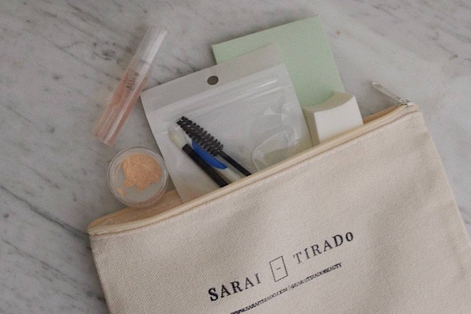 Complimentary touch up kit