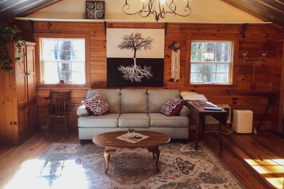 Hideaway Cabin @ River North