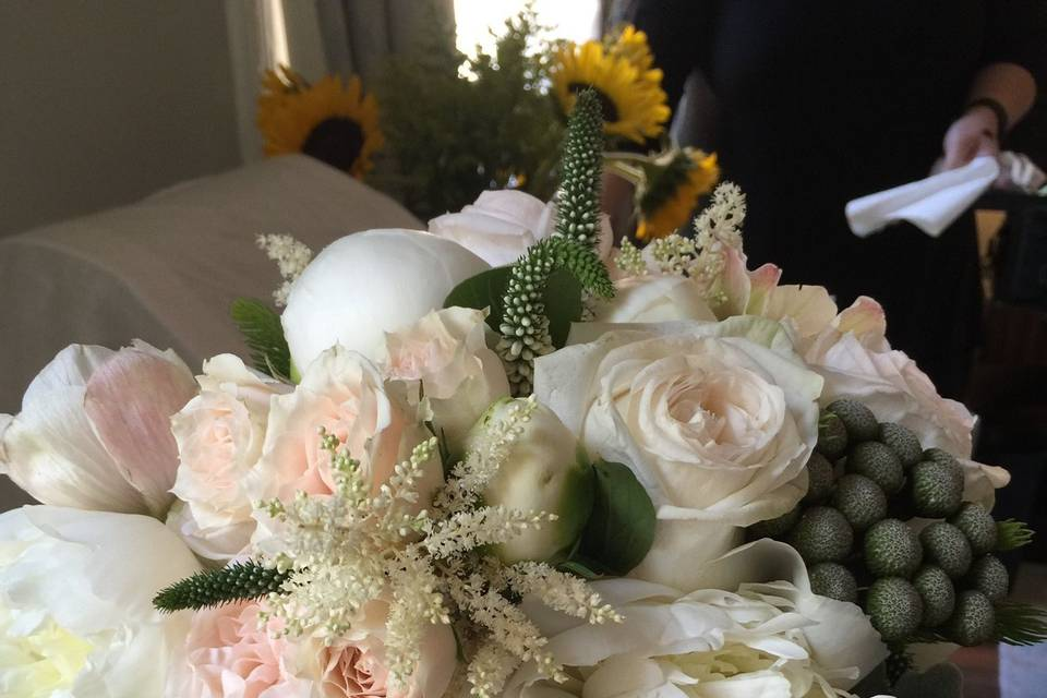 Annette B Jones Floral Designer