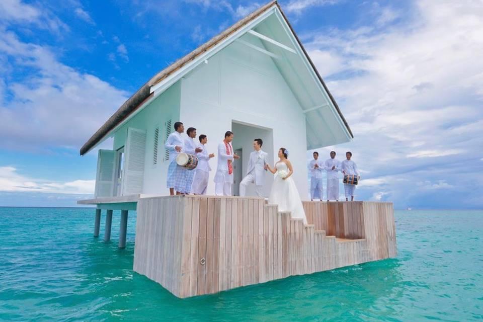 Water bungalow wedding