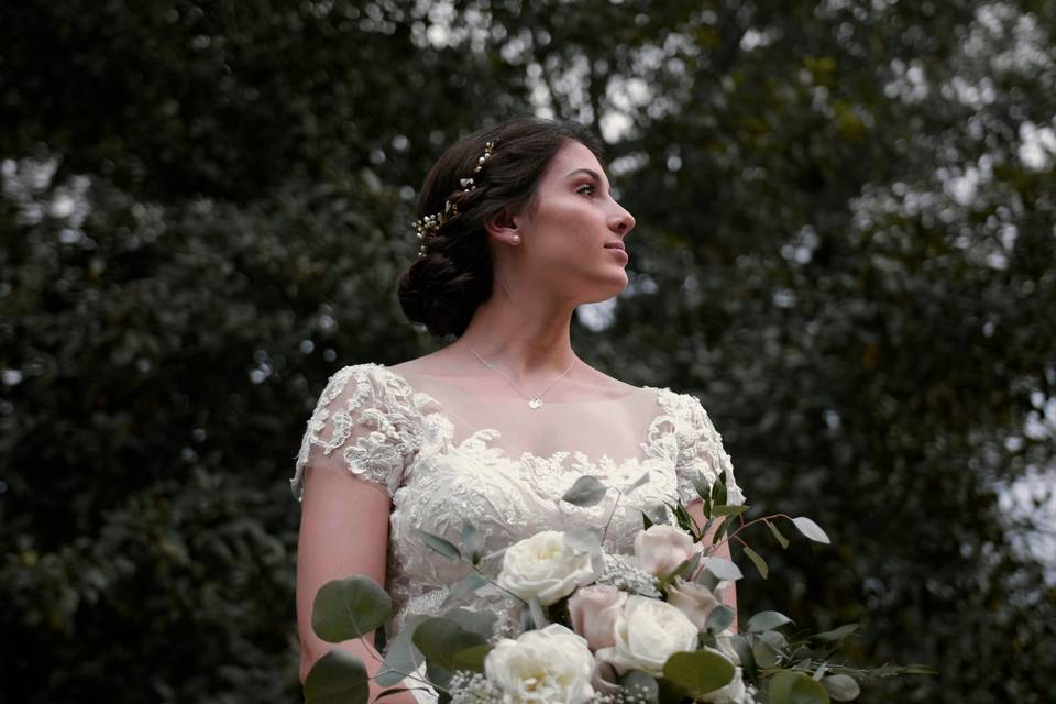 Beautiful bouquet - Mission Visions Media