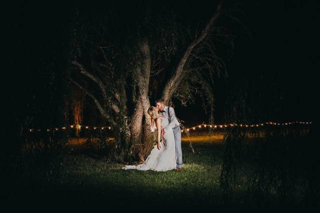 Shana Rae May Weddings & Seniors Photography & Videography