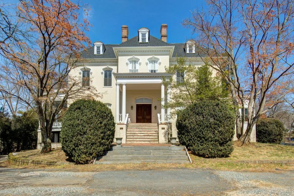 Selma Mansion