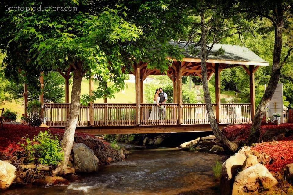 Covered Bridge Farms