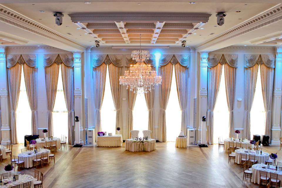 Wide event space