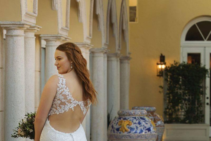 Love & Lace Bridal Boutique