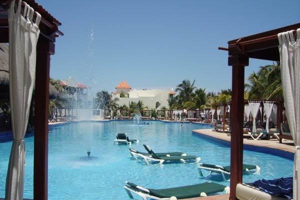 The El Dorado Royale, Riviera Maya Mexico...Main Pool