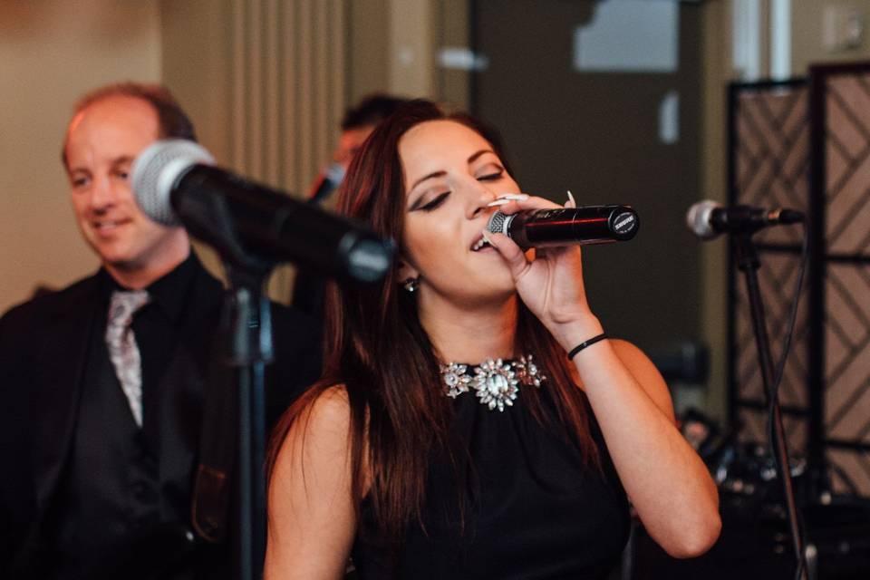 Demi singing