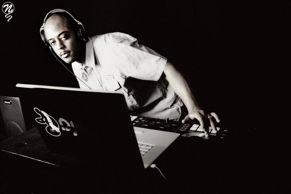 DJ Vallas