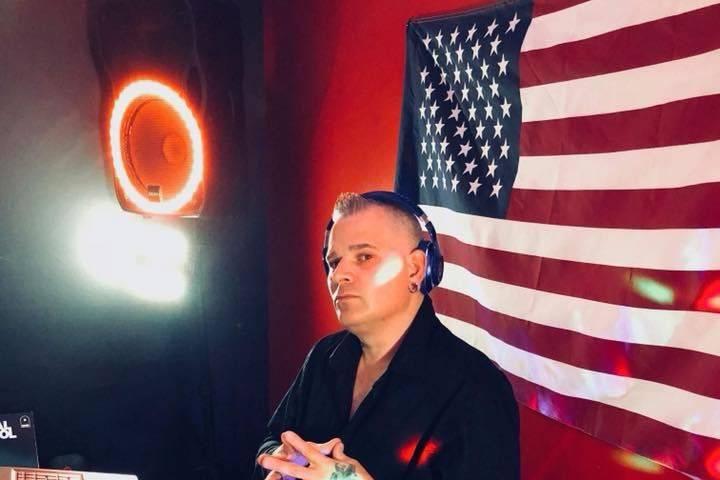DJ Extravagant
