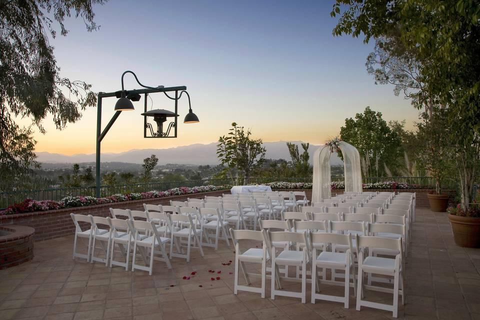 Luminarias Restaurant & Special Events