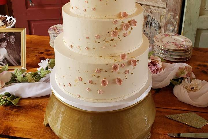 Gluten free gold with flowers