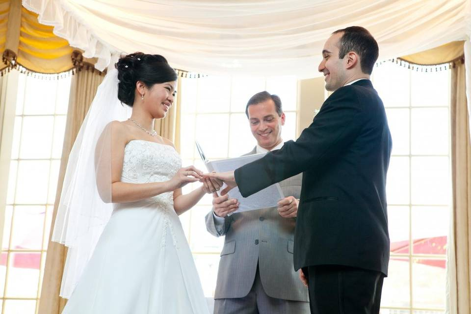 Personalized Ceremonies from the Heart