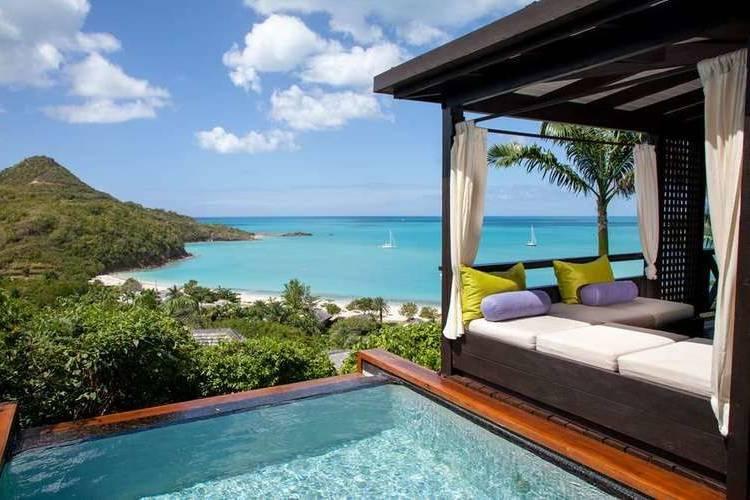 Escape to the Caribbean paradise of Antigua!