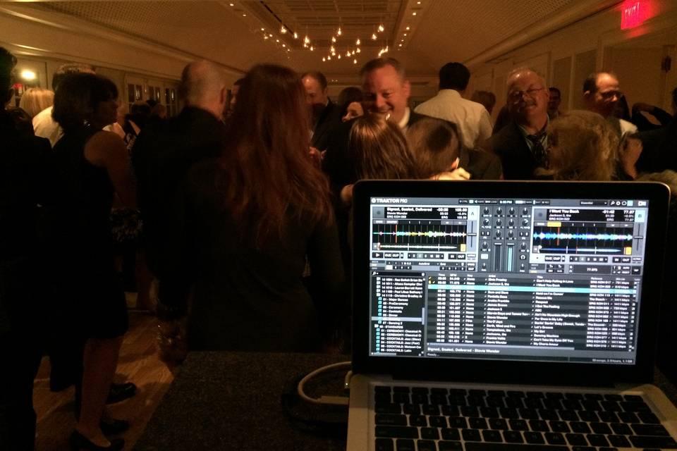Total DJ