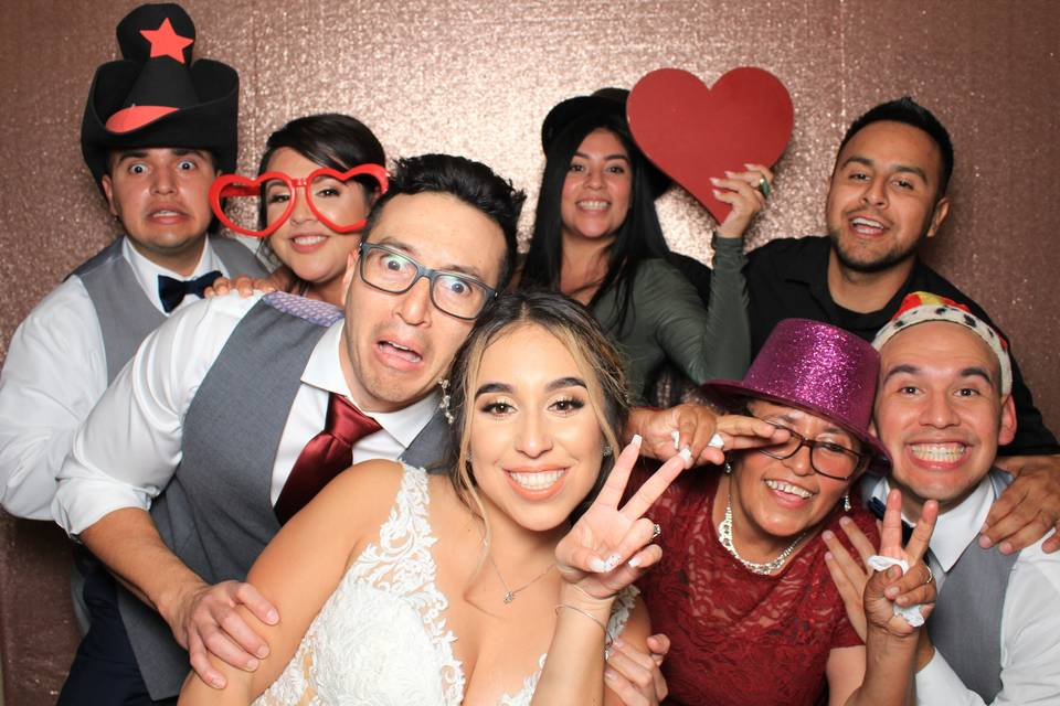 Digital Expressions Photo Booth Rental