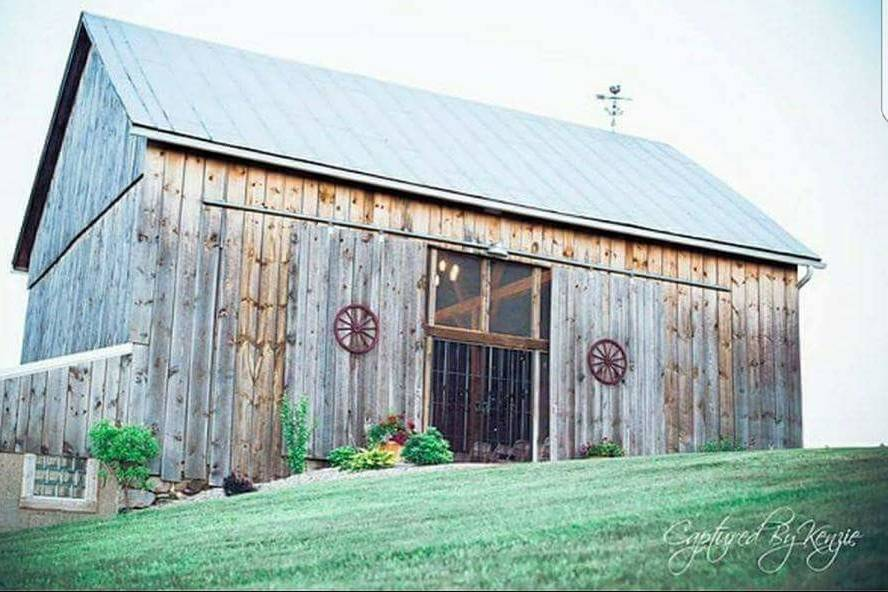 The Ridge View Barn