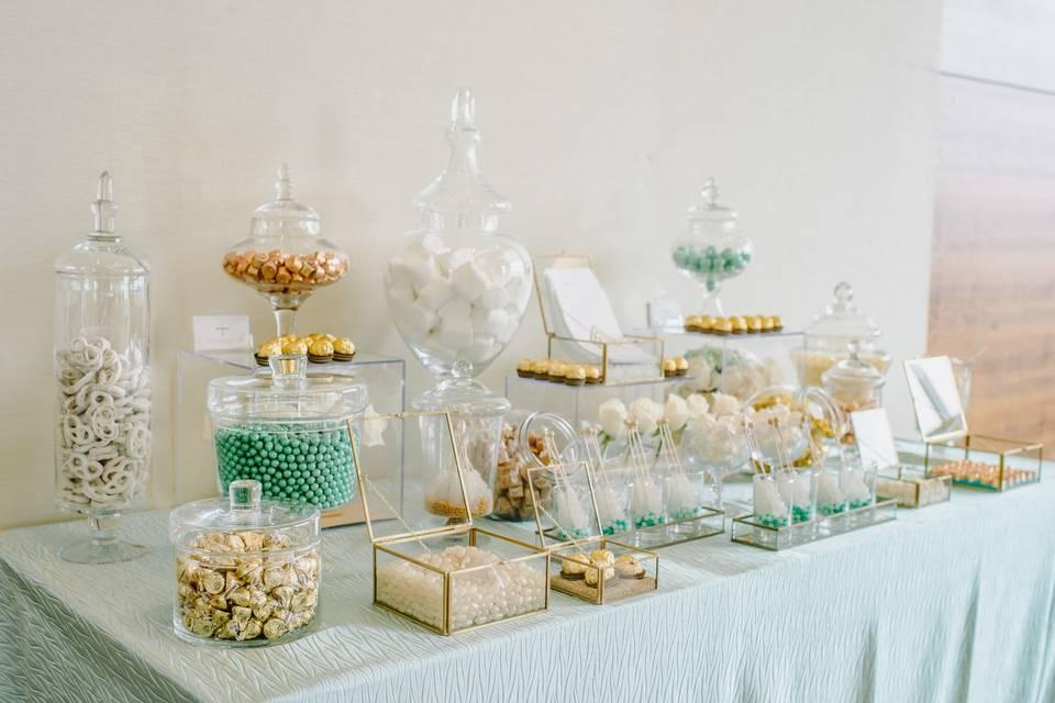 Truly Scrumptious Candy & Dessert Bars
