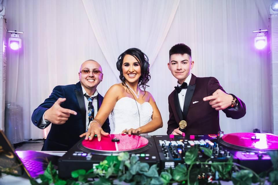 Bride rockin the tables
