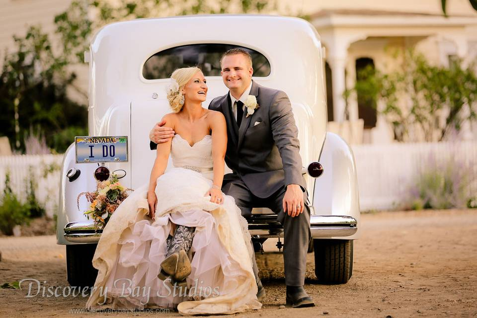 Couple on a pickup truck