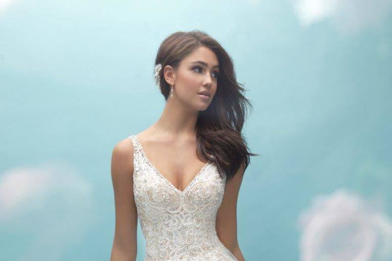 Sleeveless bride