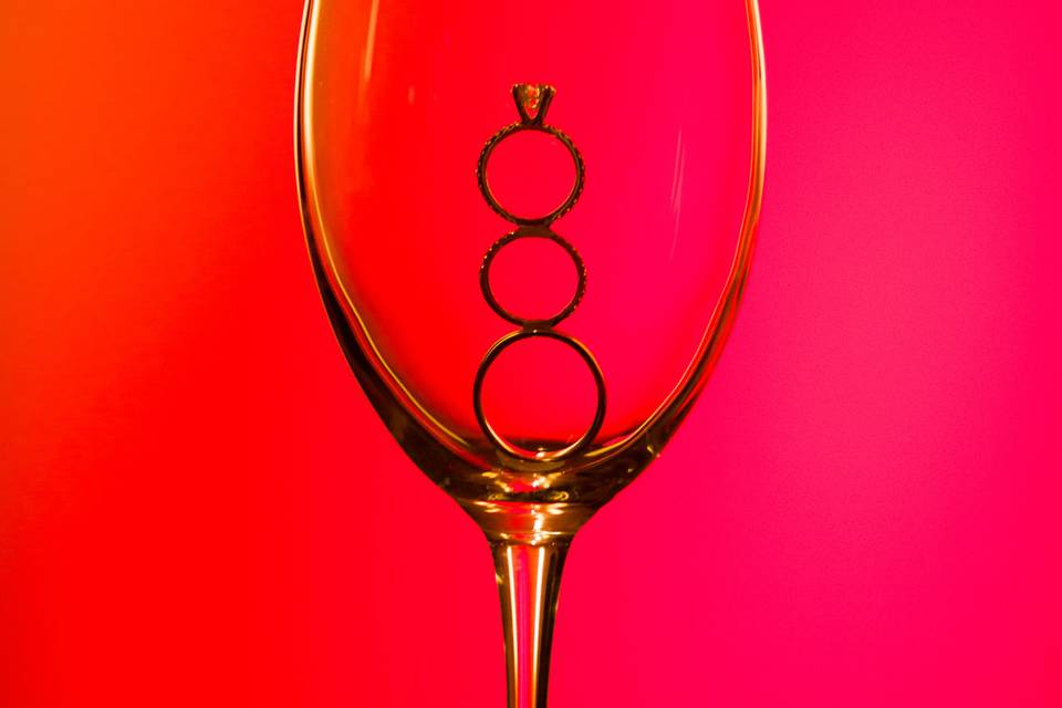 Rings in a wine glass