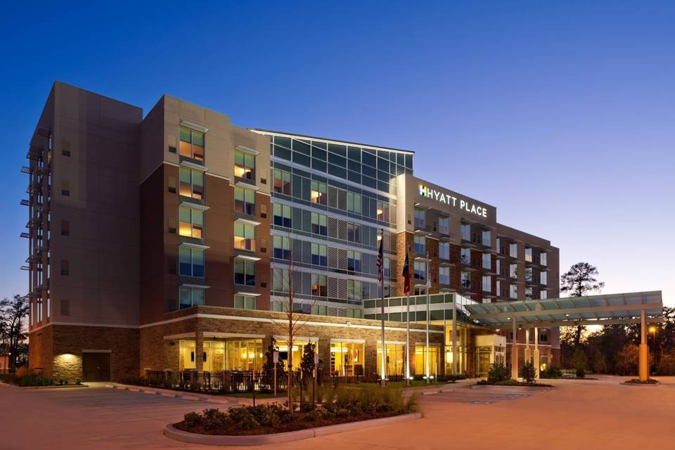 Exterior view Hyatt Place Houston/The Woodlands