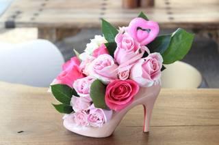 Sassy Dezines Stiletto Vase