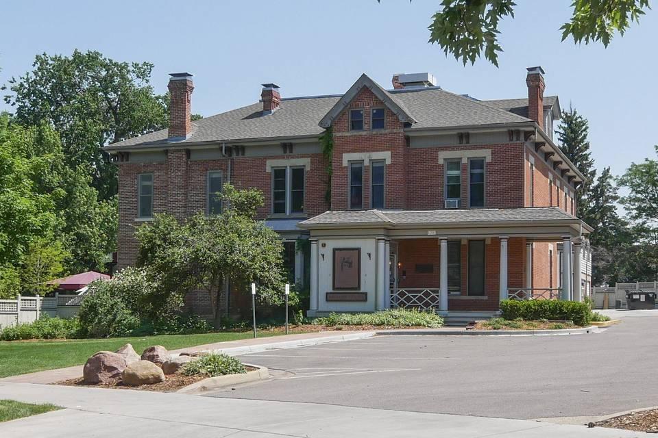 Koenig Alumni Center at CU Boulder