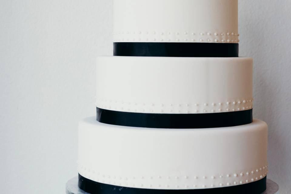 4-tier cake